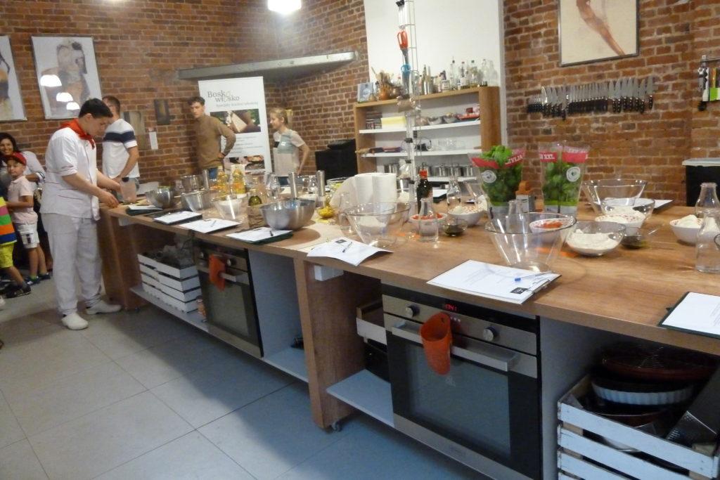 Warsztaty kulinarne - przygotowanie sali