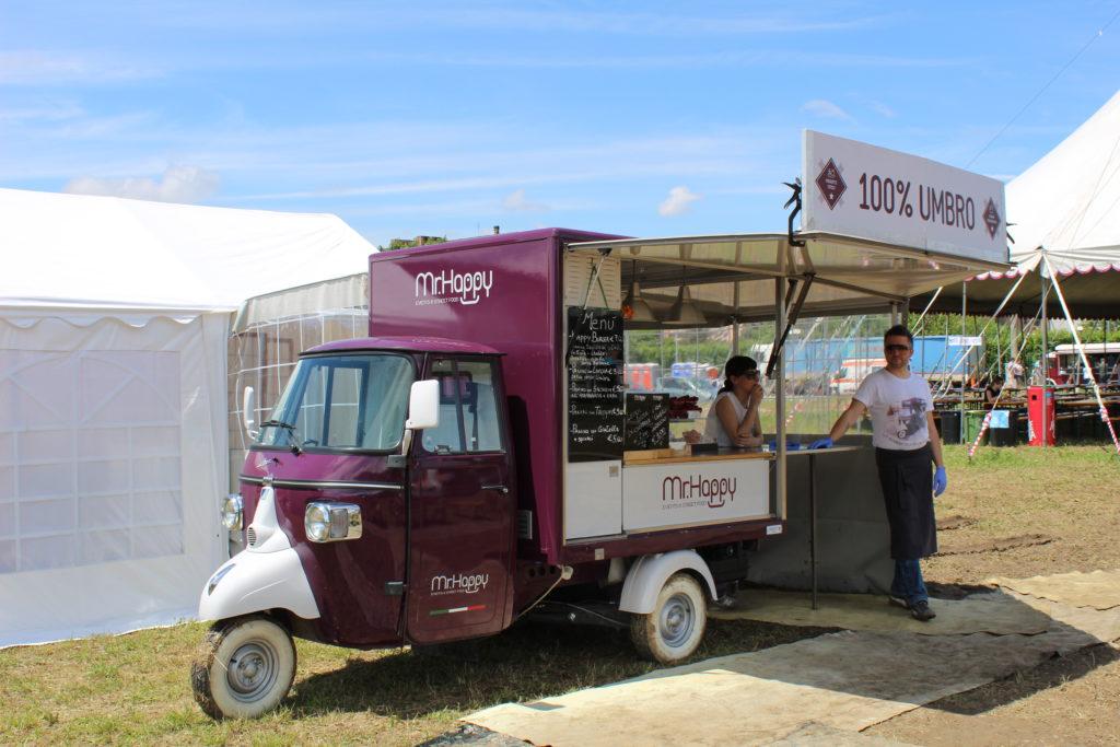 Street food po włosku - zlot food trucków w Asyżu, 2016 r.