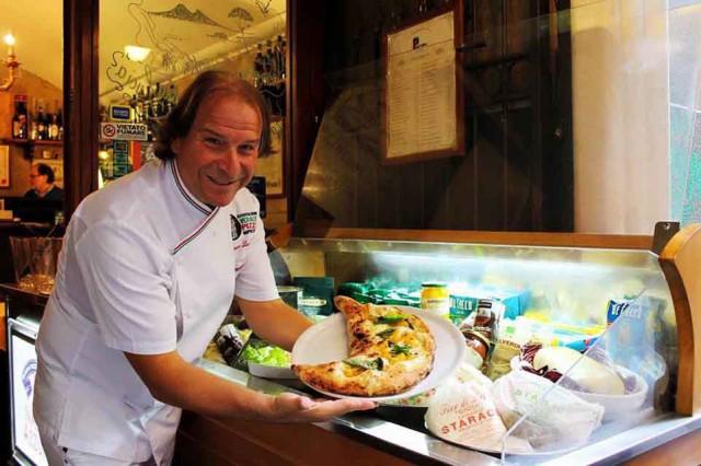 Gennaro-Luciano, Włoska pizza najlepsza w Antica Pizzeria Port'Alba fot: www.lucianopignataro.it